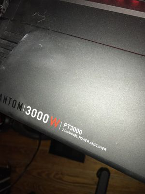 3000 watts 2 Chanel BOSS car AMP for Sale in Boston, MA
