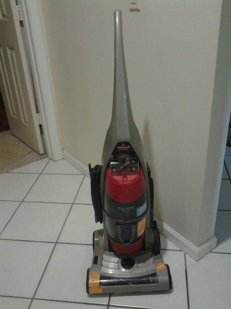 New Bissell total floors complete fabreez hepa filter vacuum cleaner works great!