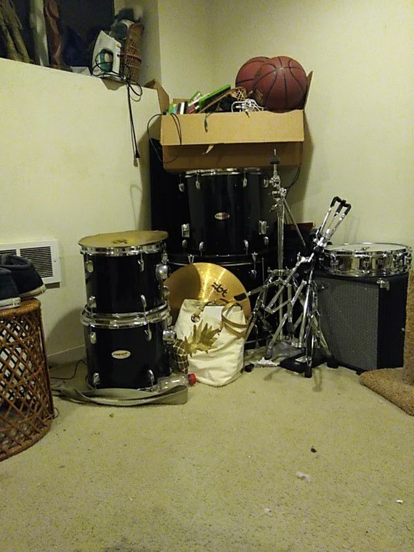 Fender Starcaster Drum Kit For Sale In Seattle Wa Offerup