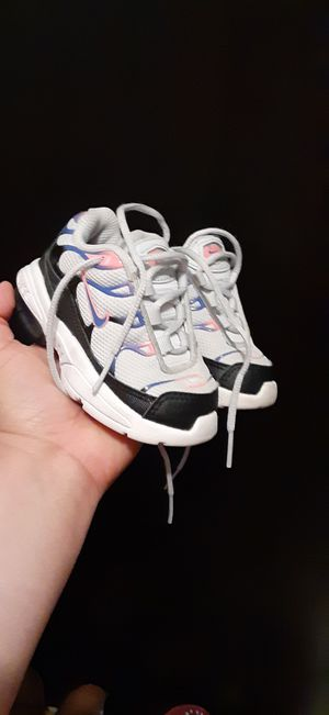 Photo Nike max air size 5C toddler