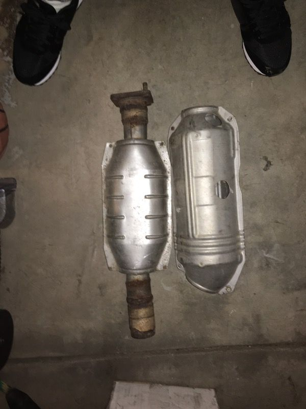 OEM RSX Types Catalytic Converter For Sale In Elk Grove CA OfferUp - Acura rsx catalytic converter
