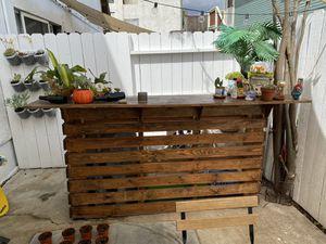 Photo Custom wood bar