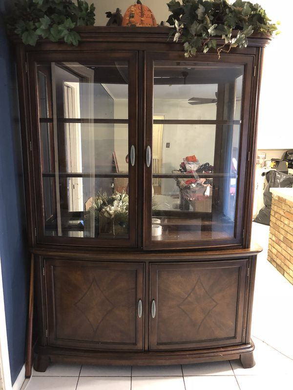 China cabinet for Sale in Houston, TX - OfferUp