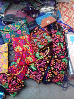 Hand bags brand new for Sale in Springfield, VA