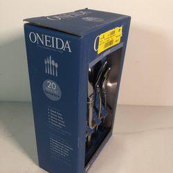 Oneida B333020A Flatware Set, 20 Piece Thumbnail