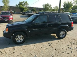 1998 Jeep Grand Cherokee 200k Hwy miles runs and drives!!!# for Sale in Hillcrest Heights, MD