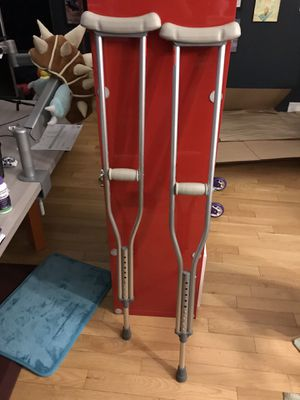 Crutches for Sale in Los Angeles, CA