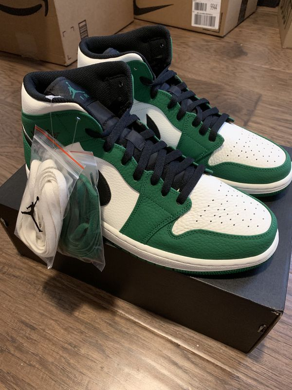 huge selection of ce91e 2f166 Air Jordan 1 Mid Pine Green: Size 12 for Sale in Houston, TX - OfferUp