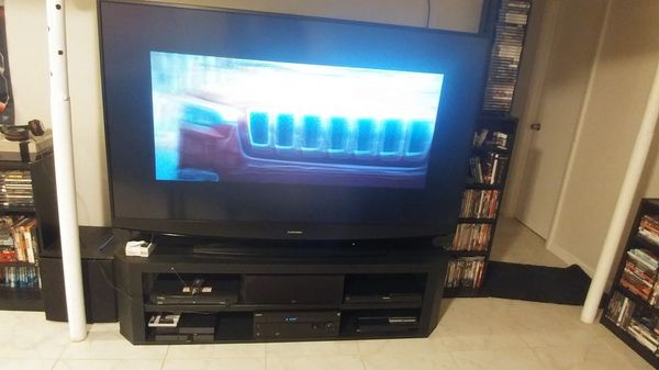 Mitsubishi DLP 73in Tv for Sale in Galloway, OH - OfferUp