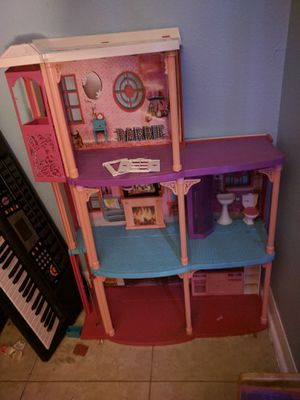Barbie 3 story dream house with elevator for Sale in Clermont, FL