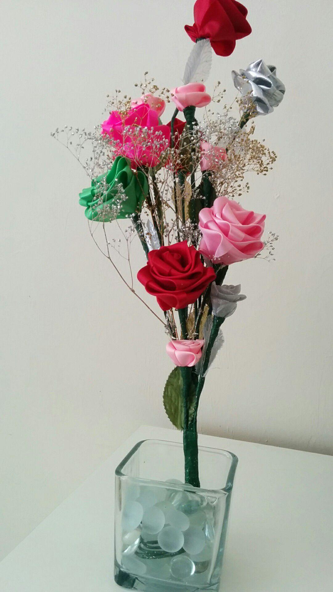 Beautiful handmade roses with pot