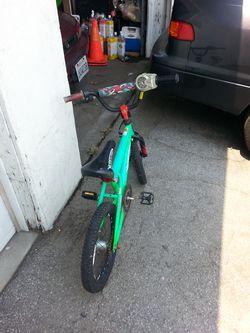 "Hotwheels bicycle 16"" BOYS used Thumbnail"
