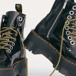 Dr. Martens Jadon Max Boots, Size 8 Thumbnail