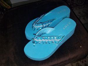 Size 8/9 flipfliop sandals for Sale in Manassas, VA