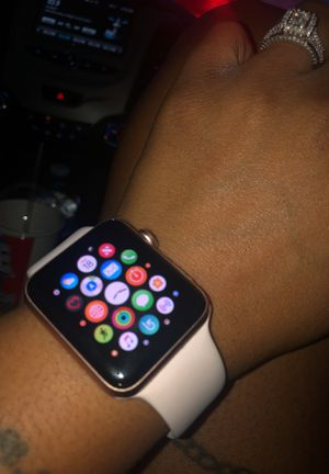 Apple Watch 42mm Series3 for Sale in Fort Washington, MD
