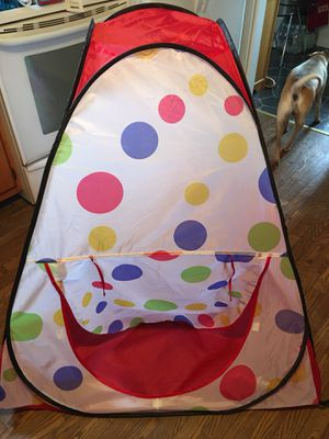 Child's pop up tent for Sale in Frederick, MD