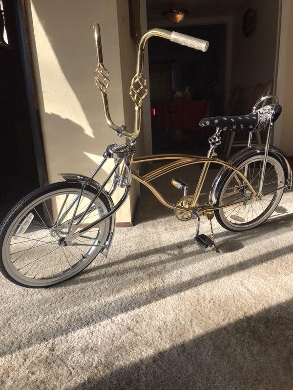 Schwinn stingray frame lowrider bike for Sale in Longmont, CO - OfferUp