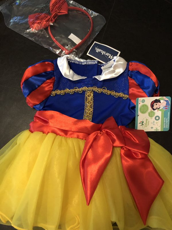 Disney baby Snow White costume for Sale in Philadelphia, PA - OfferUp