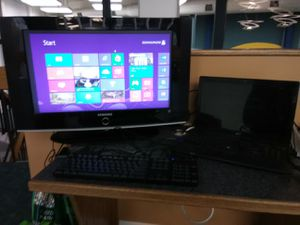 Acer Windows 8 laptop with Samsung 32 inch TV with stand for Sale in Washington, DC