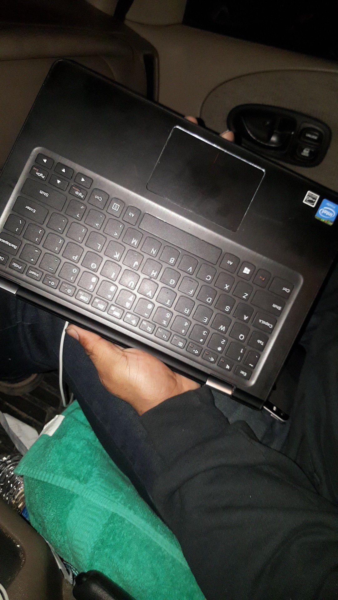 Touch screen Lenovo Laptop