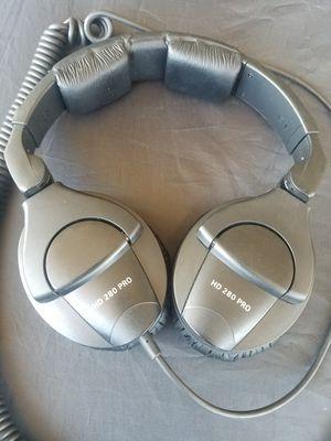 Pro audio close back headphones for Sale in Orange, CA