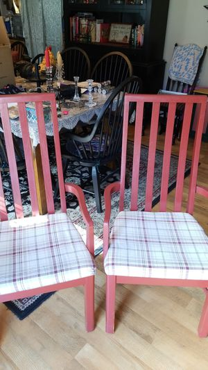 Photo Red wood adorable country style chair with wooden arms and legs and plaid seat cushion which is 10 an off-white and a little bit of black and burgundy