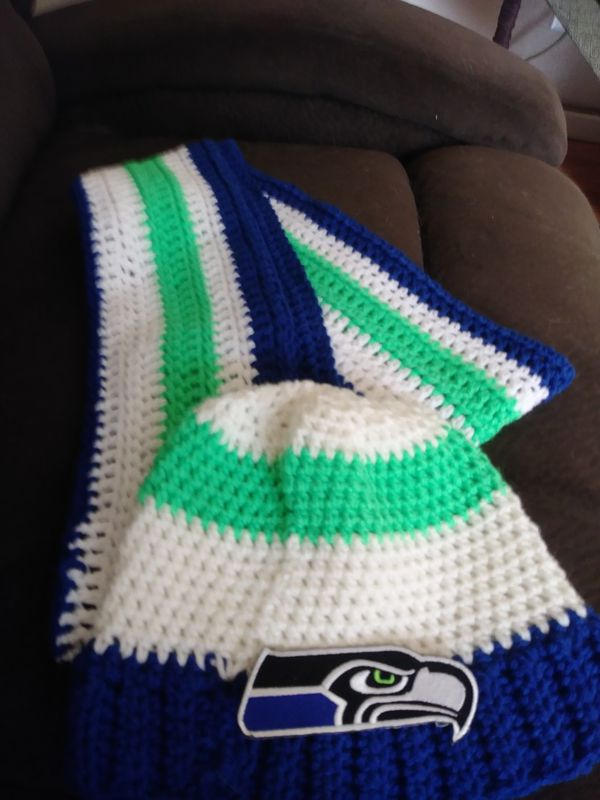 Hand Crocheted Seahawks Hat And Scarf For Sale In Lacey Wa Offerup