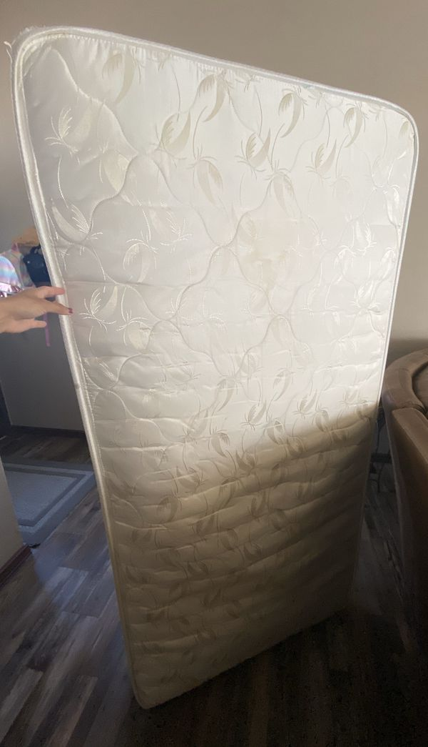 Free Twin Mattress For Sale In Colorado Springs Co Offerup
