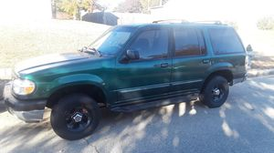 1999 Ford Explorer 245678miles for Sale in Fort Washington, MD