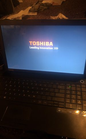 Toshiba laptop for Sale in Guadalupe, AZ