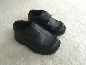 Size 5 Boys Shoes for Sale in Lovettsville, VA