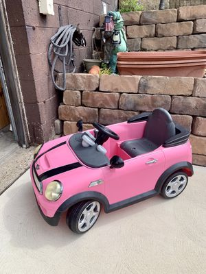 Photo Pick up today mini Cooper motorized car have no idea if it works needs battery