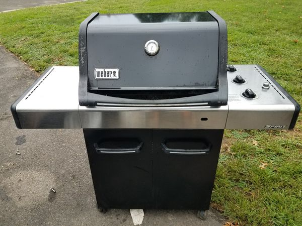 Weber 3 Burner Gas Grill With Tank For Sale In Warwick Pa Offerup