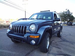 2002 JEEP LIBERTY LIMITED 4x4 ONLY 110k MILES!!!! CLEAN TITLE!!! GOOD TIRES AND BRAKES!!! COLD AIR DRIVES GREAT!!! SUNROOF for Sale in Laurel, MD