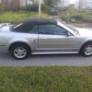 2001 mustang v6 for Sale in Baltimore, MD