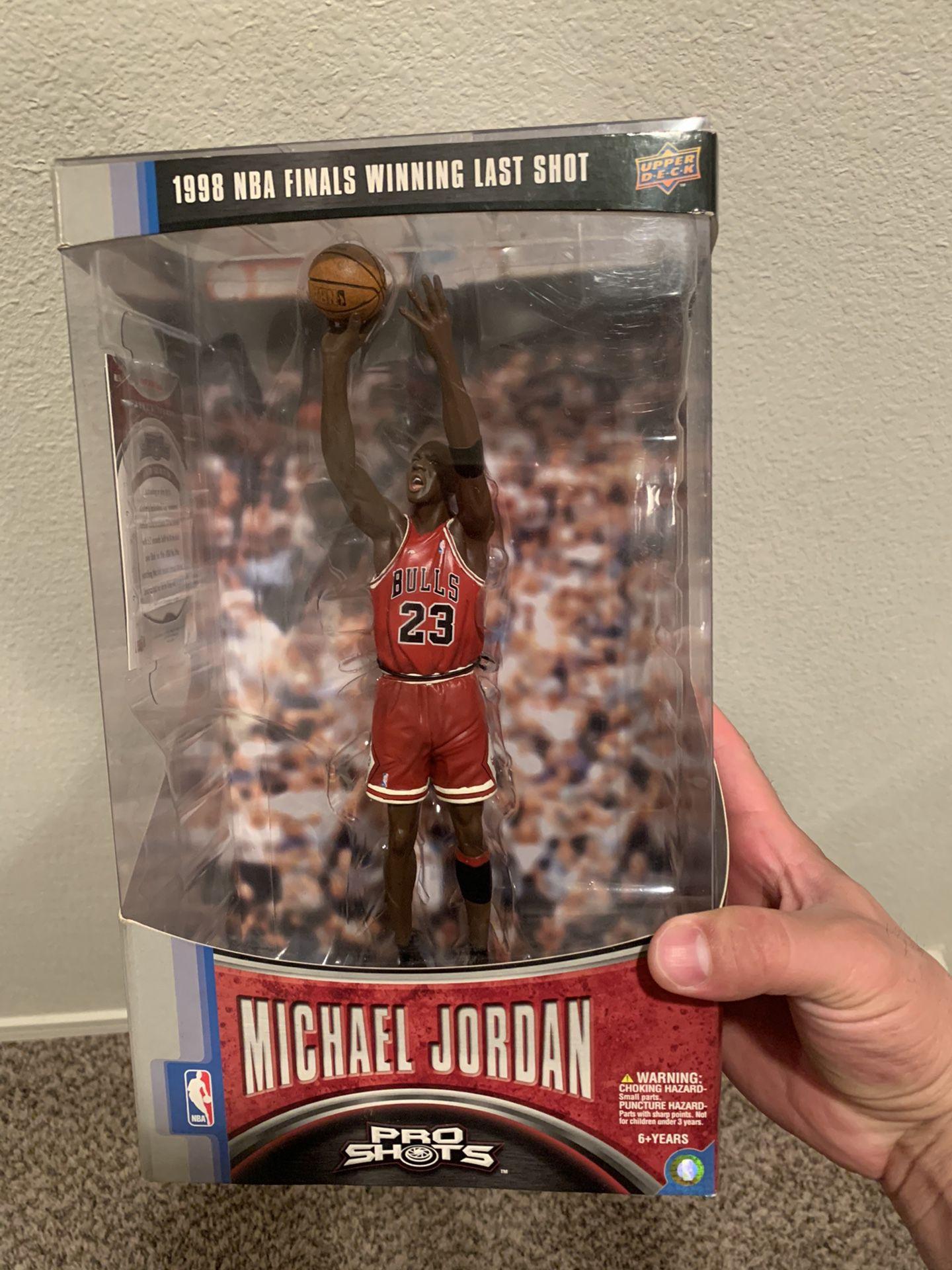 750$ Michael Jordan Last shot ProShots figure