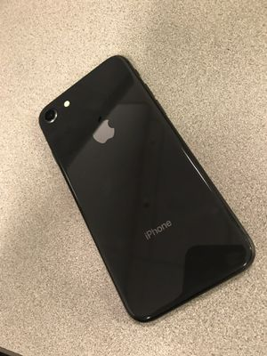 iPhone 8 256gb Unlocked for Sale in Silver Spring, MD