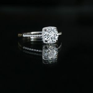 1 CT intensely Radiant round center Diamond Veneer Sterling Silver Simulated Diamond Halo ring for Sale in New York, NY