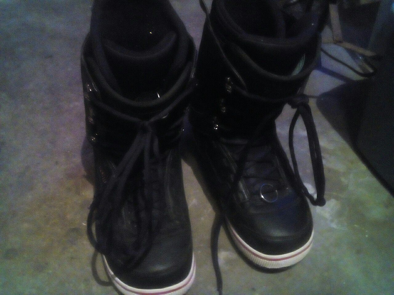 Men's adults size 13 for inconstant snowboard boots