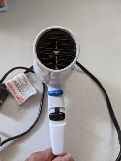 Blow-dryer Thumbnail