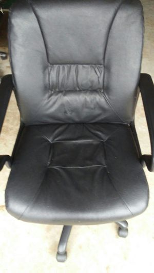 Office chair for Sale in Duluth, GA