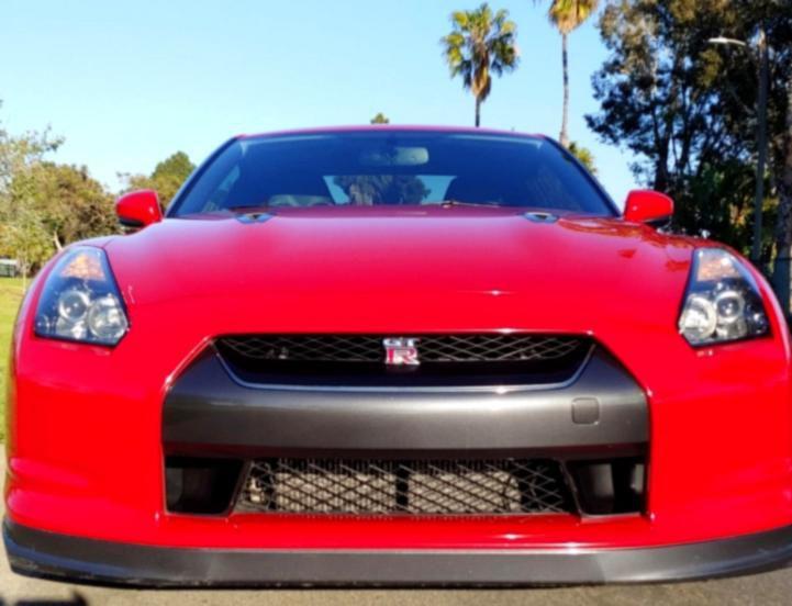 Photo 2O10 Nissan GTR Red