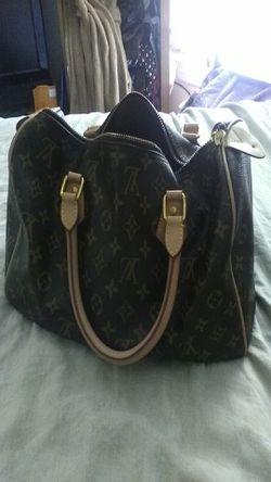 Louis Vuitton Handbag Thumbnail