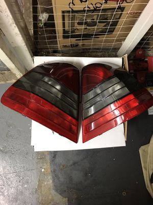 New Taillight OEM for Mercedes Benz C Class 1994 - 2000 the original one for Sale in Hyattsville, MD