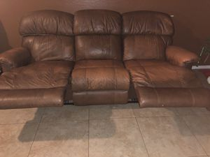 Leather recliner for Sale in Phoenix, AZ