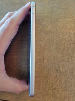 LG G6 - 32GB - Ice Platinum (Verizon) Smartphone Thumbnail
