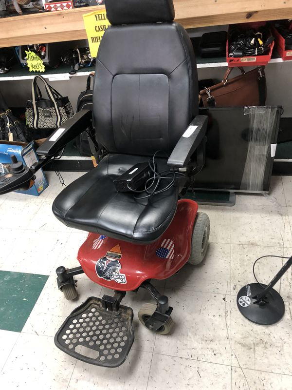 Handicap electric chair (Appliances) in Houston, TX - OfferUp