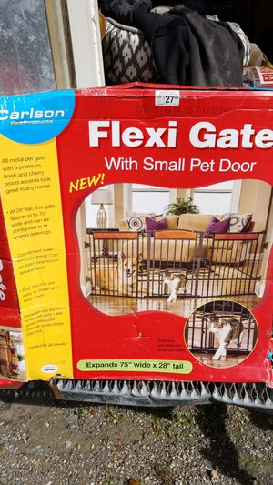 FLEXI PET GATE for Sale in Monrovia, MD