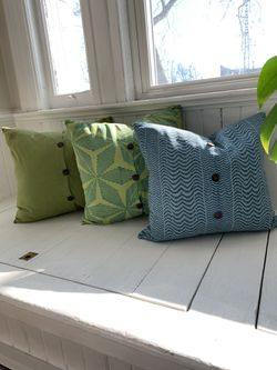 """18""""x18"""" West Elm Pillow With Insert Included Thumbnail"""