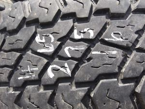 Photo 265 75 16 one good truck tire
